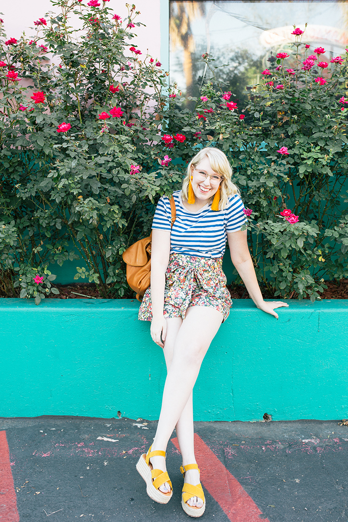 austin style blogger writes like a girl jcrew liberty floral shorts18