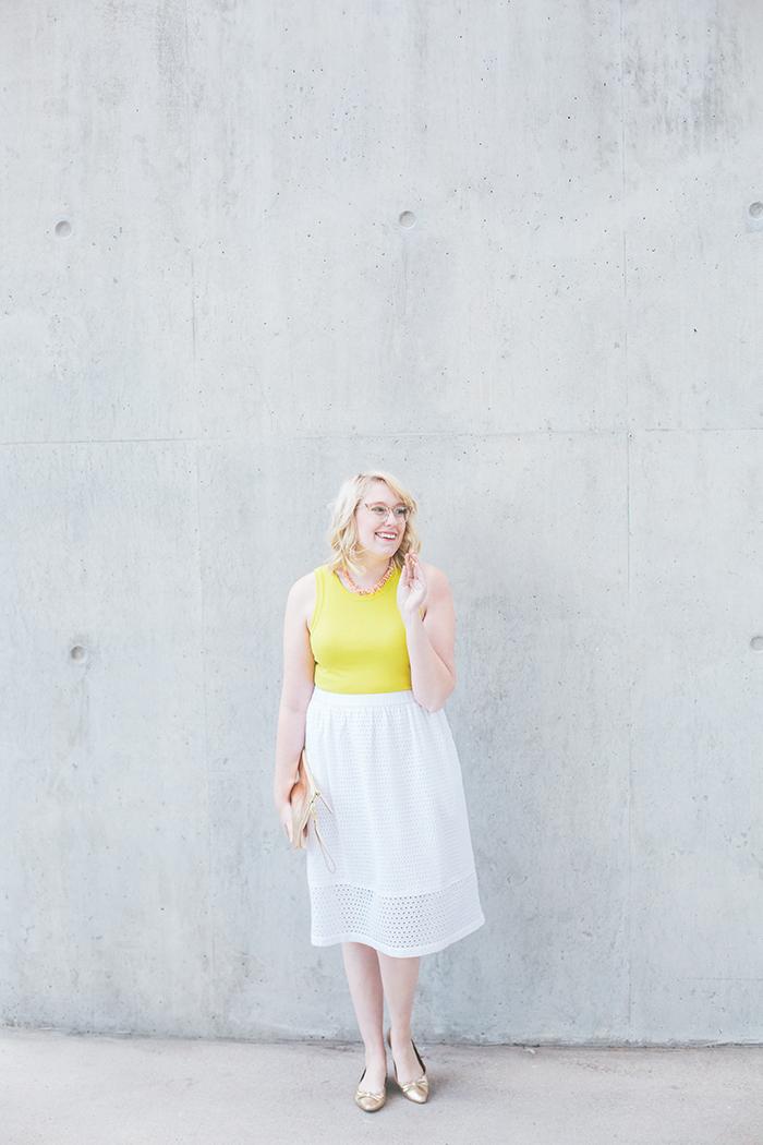 austin fashion blogger writes like a girl white eyelet skirt9
