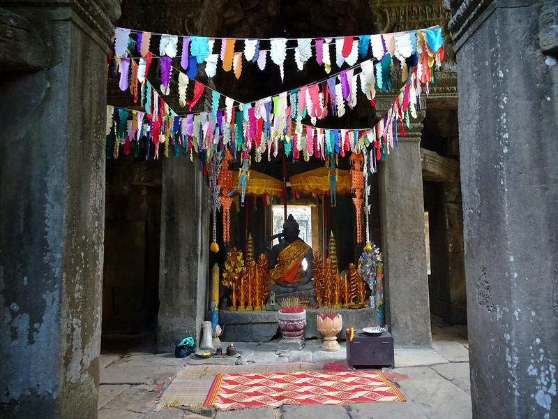 Siem Reap temple complex, Cambodia - the tea break project solo travel blog