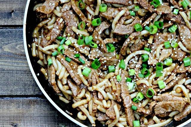 Garlic Beef & Noodles