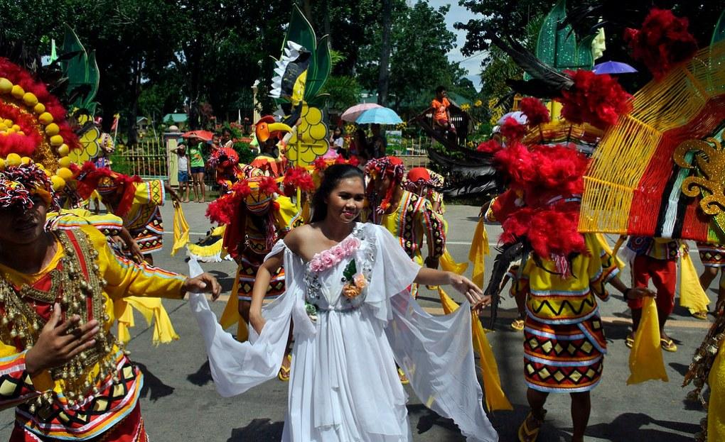 Festivaalit Filippiineillä 2 (Kesäkuun teema)