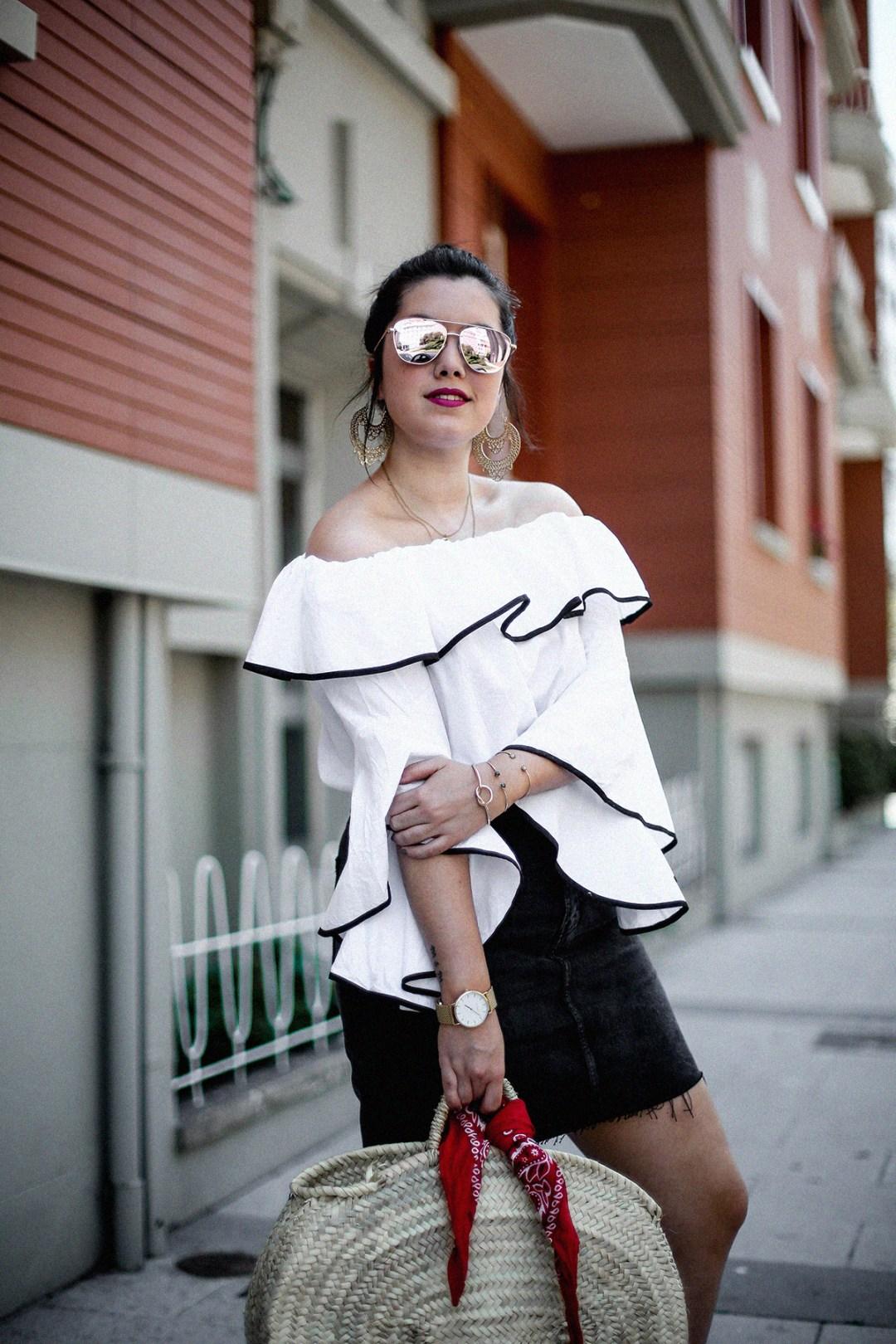 ruffle-top-off-shoulder-sunper-sunglasses-basket-bag-look10