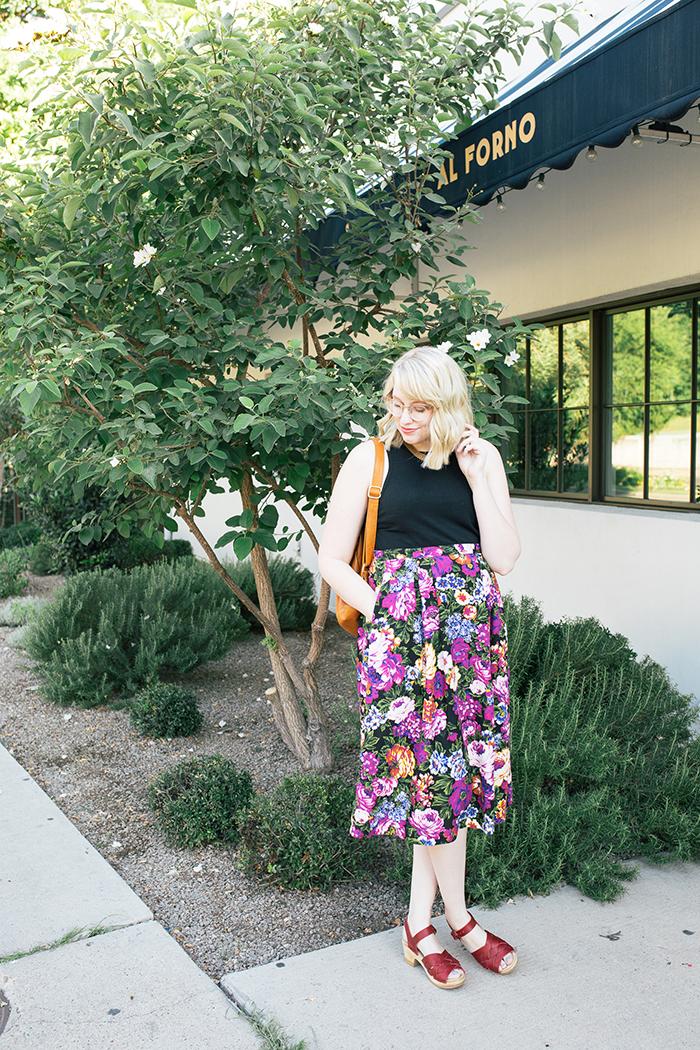austin style blogger vintage floral midi skirt2