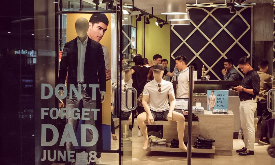 perry ellis Sm North EDSA branch (1 of 7)