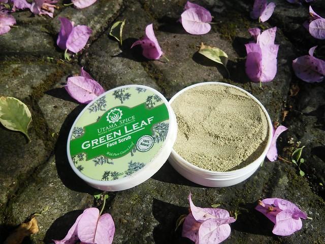 Content of Utama Spice Green Leaf Face Scrub