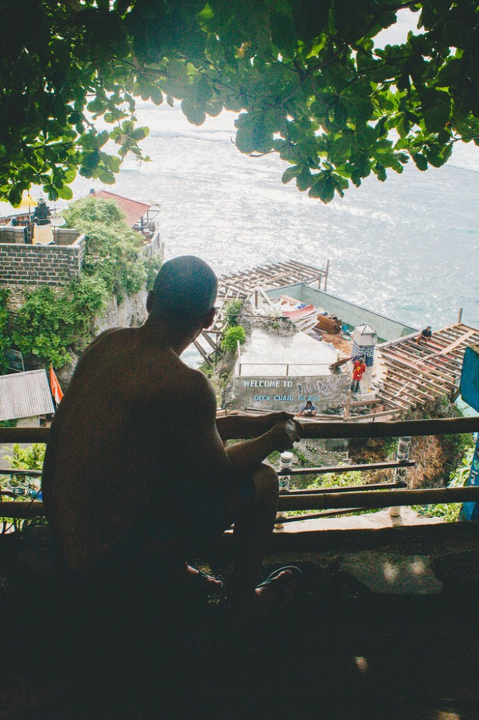 A First-Timer's Guide to Uluwatu, Bali (Suluban Beach)