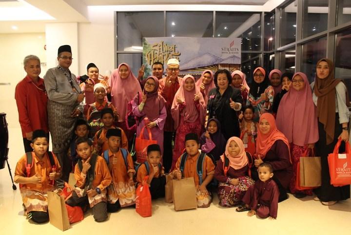 Majlis Berbuka Puasa Anjuran The Straits Hotel & Suites Melaka Yang Meriah