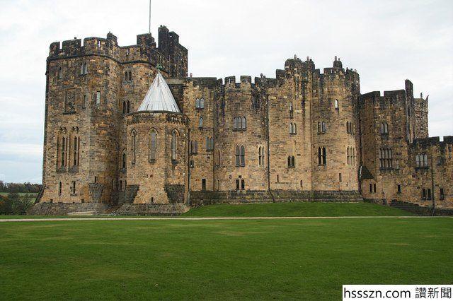 The-Alnwick-Castle.-Photo-Credit-640x426_640_426