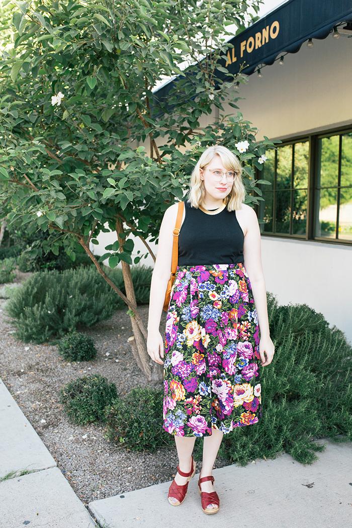 austin style blogger vintage floral midi skirt7