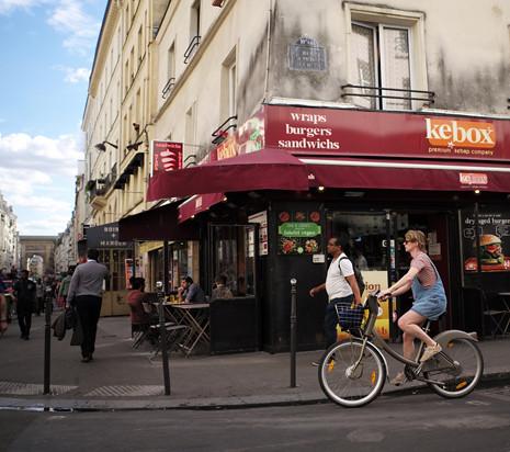 17e23 Barrio Gare de Paris-Nord Boulevard de Magenta Rue du Faubourg-Saint-Denis_0163 variante Uti 465
