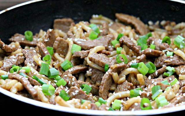 Garlic Beef Noodles Close