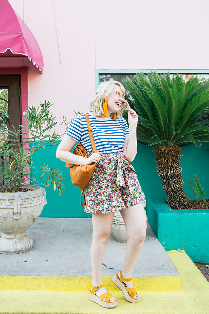 austin style blogger writes like a girl jcrew liberty floral shorts4