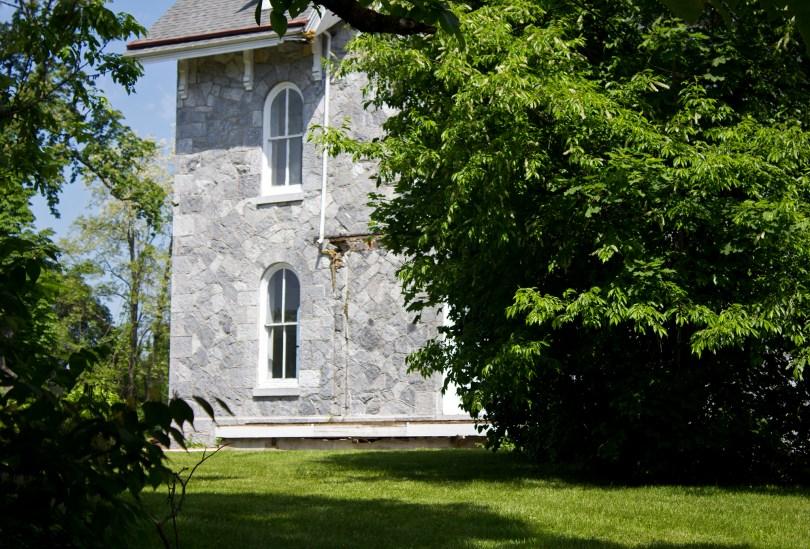 lockwood-mansion-windows