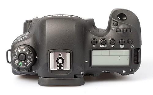 canon-eos-6d-mark-ii-f255f208__w910