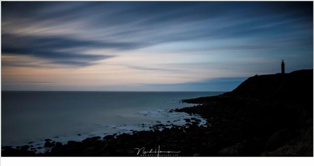 Het laatste licht van de dag boven Cap Gris Nez (EOS 5D mark IV + EF24-70L II @ 24mm | ISO50 | f/16 | t=480sec (met Haida ND4,5 (15 stop grijsfilter))