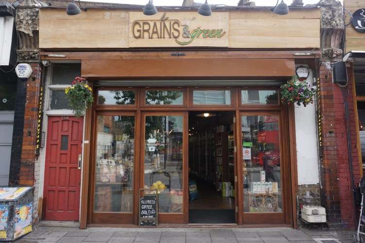 Grains & Greens gluten free friendly supermarket in Hackney | gluten free Broadway Market guide