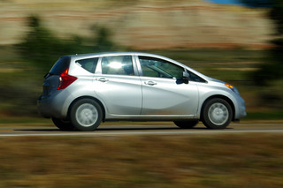 Nissan Versa Note, Photo taken from Cannonville / Bryce Valley KOA, Utah highway 12.