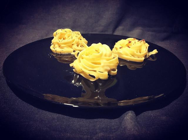 Fettuccine Alfredo Di Lelio. Pasta Alfredo. koketo