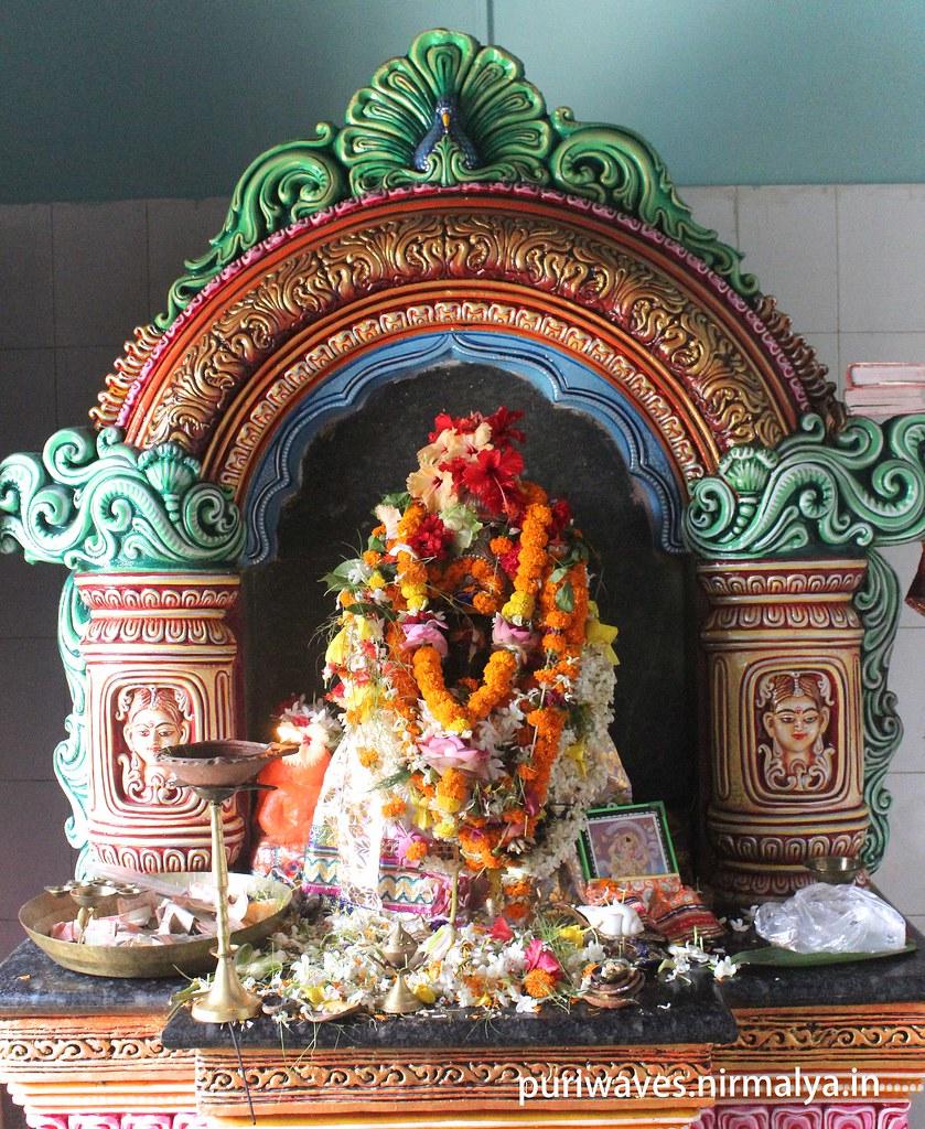 Chara Ganesha ( ଚାର ଗଣେଶ ) - Ganesha Guruja Jaga near Narendra Tank ( Sarobara )