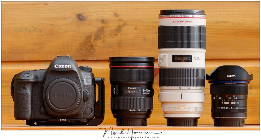 Een 24-70mm en een 70-200mm voor landschappen. Mocht het veel breder moeten, dan heb ik een 12mm ultragroothoek ter beschikking