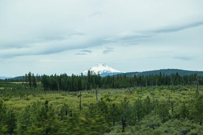 Mount Hood desde la Route 26, en Oregon - Viajando desde el norte de Oregon a San Francisco