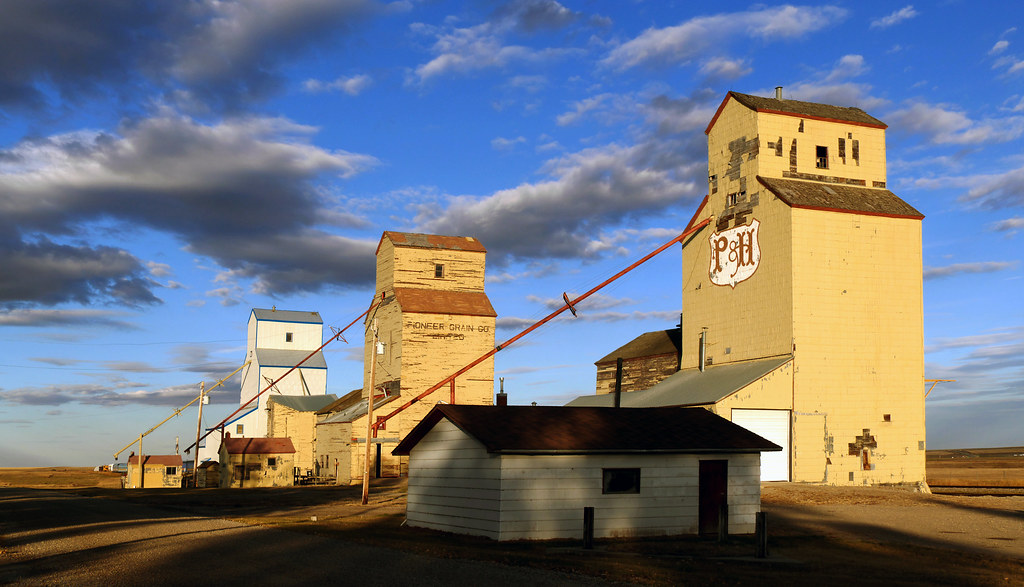 Grain Elevators Mossleigh Alberta Three Old Grain
