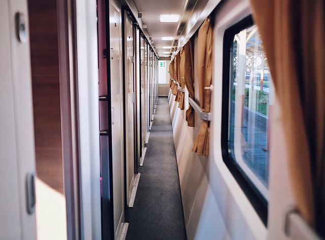 First Class Train 12 Rooms