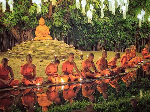 Yee Peng Festival Monk Blessing