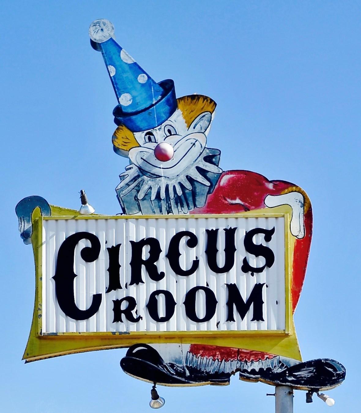 Circus Room - 2309 SW 6th Avenue, Amarillo, Texas U.S.A. - October 26, 2017