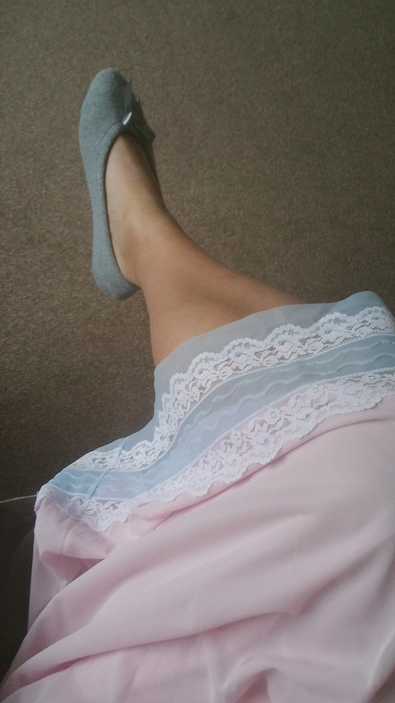 My Usual Leg Shot Showing My Pretty Nightie 💕 Claire