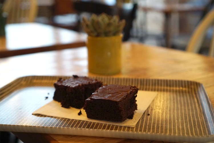 Gluten free brownies from Farmstand | Covent Garden | Central London | 100% gluten free restaurant