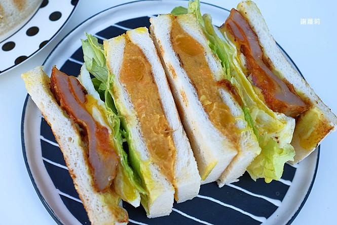 38694324330 ae5fc7c85e b - 翻白眼女孩 炭烤三明治   讓你飽到不要不要,都說是招牌了,還不點