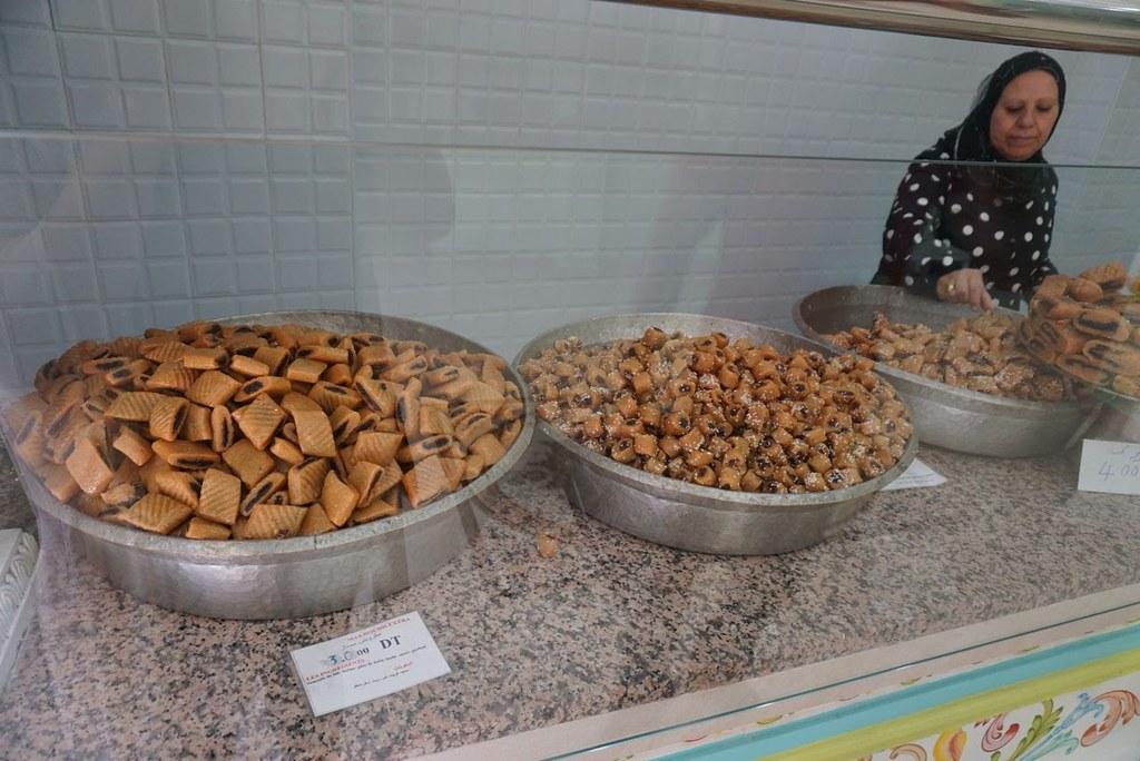 makroudth candy kairouan dates almond paste