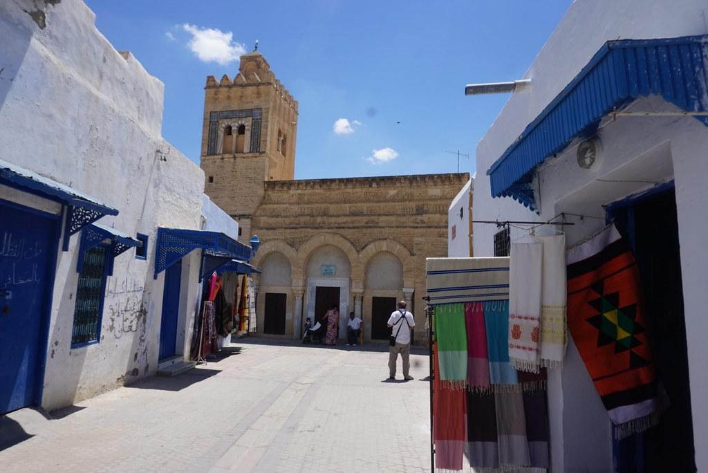 kairouan mosque tunisia