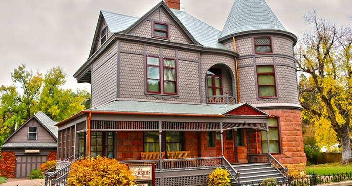 best places to visit in South Dakota