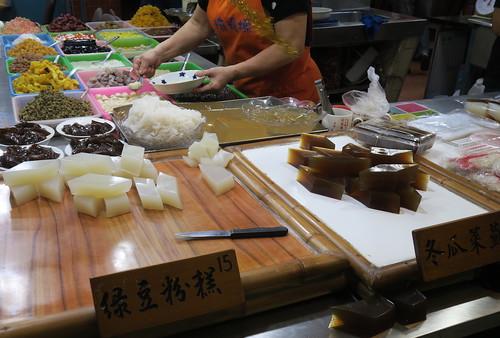 嘉義朴子吃點什麼:成功手工餅乾、第一市場的春捲、肉羹及麻糬