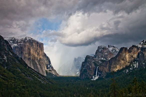 Arriving Snowstorm in Yosemite Valley