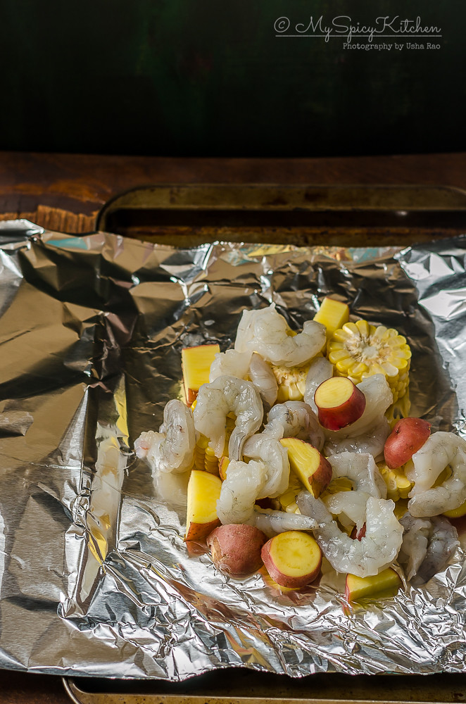 Bakeathon, Blogging Marathon, One Pot Dish, One Pot Meal, One Foil Packet Meal, Broiled Shrimp boil foil packet, Grilled Shrimp Boil Foil Packet, Broiled Shrimp Packet, Grilled Shrimp Packet, Shrimp, Grilled Shrimp,  Broiled Shrimp, Ingredient Shot,