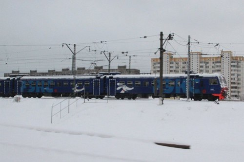«рэкс» (Rex) train stabled in the yard at Домодедово (Domodedovo)
