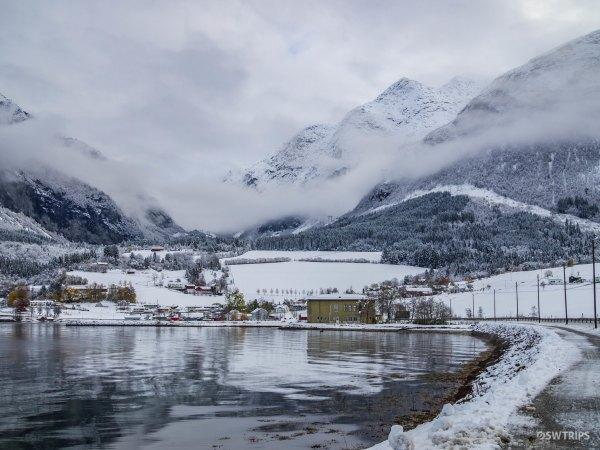 Innfjorden - Skulevegen, Norway.jpg