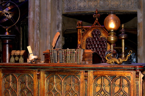Dumbledore S Office Desk Warner Brothers Studio Tour