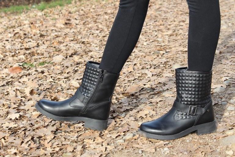 biker boots Melania
