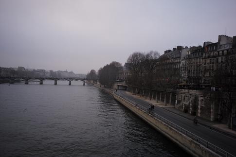 16l31 Pont Neuf Barrio Tarde fin de año muy gris_0056 Uti 485