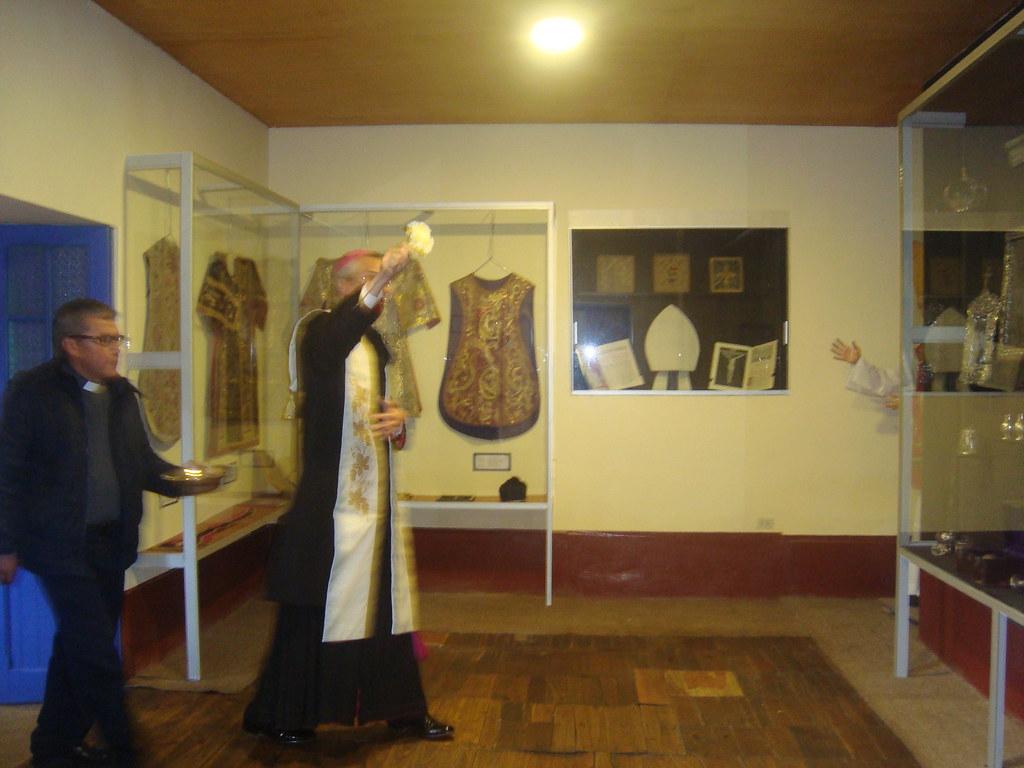 Inauguración del centro cultural y museo de la Parroquia de Ayaviri (30-oct-2015)