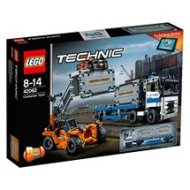 LEGO Technic 42062 Container Yard 1