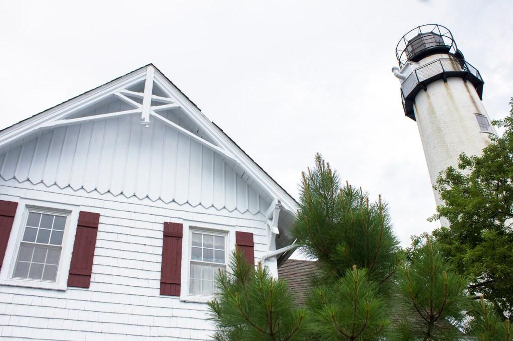 fenwick-island-lighthouse-delaware-top