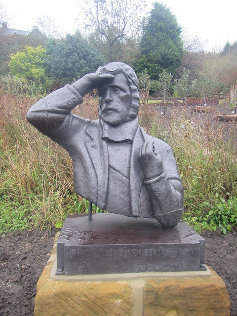 Frank Wild Statue, Skelton