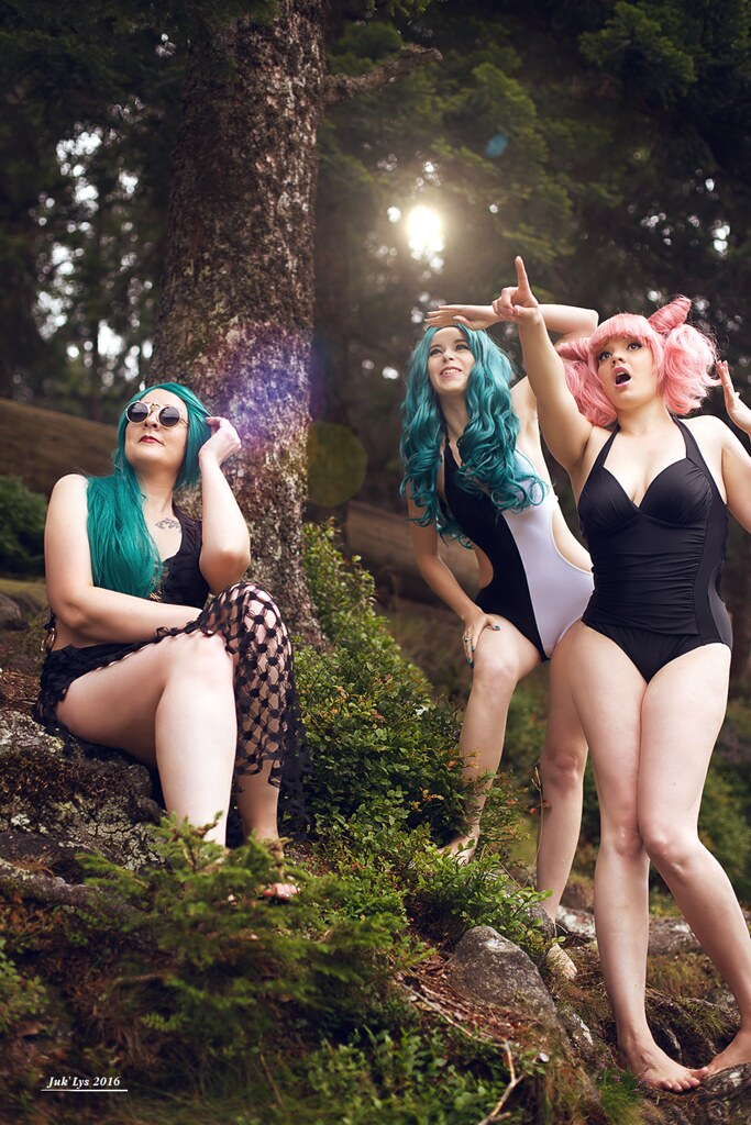 Sailor Moon swimsuits shooting