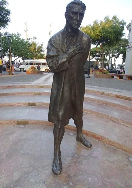 Ecuador Guayaquil Monumento a la Fragua de Vulcano 03
