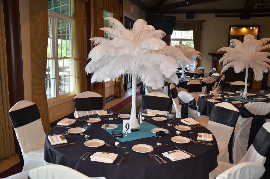 Black And Teal Reception Table The Bride Decorated With